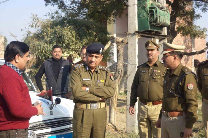 नूरपुर पिनौनी में हुई पंचायत, डीआईजी ने किया दौरा