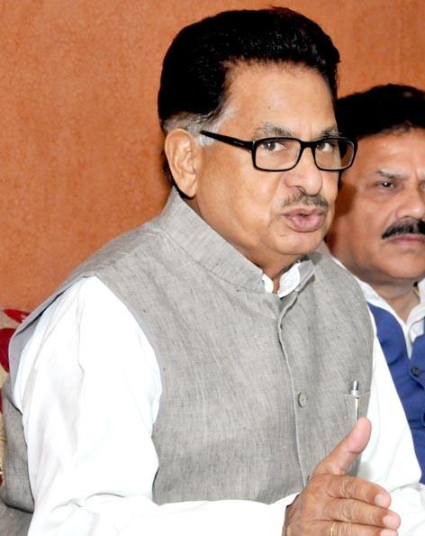 डॉ. पी.एल. पुनिया ने की एससी/एसटी योजनाओं की समीक्षा
