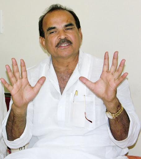 कुख्यात डीपी यादव सट्टा कराने के आरोप में गिरफ्तार