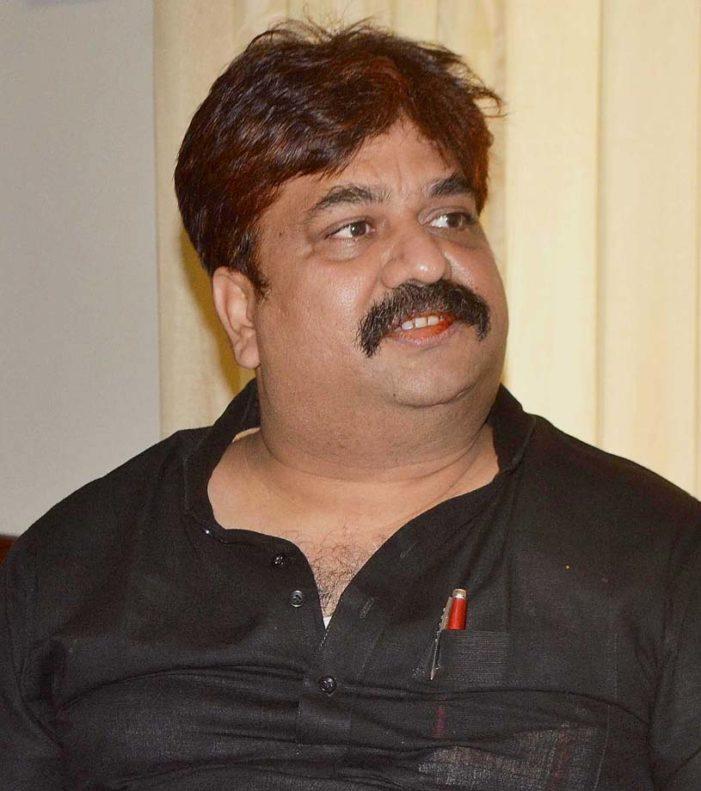 विधायक आबिद रजा का दबंग साढ़ू डीडी कार्यालय से संबद्ध